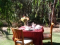 Dine outsideat 1 bedroom spa chalet Yelverton Brook
